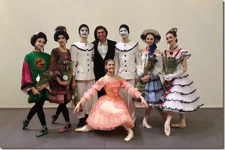 """студенты АРБ Вагановой после исполнения балета """"Фея кукол"""""""