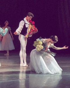 Дебют Фуада Мамедова в роли Юноши в балете Шопениана